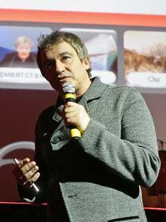 Дибров на презентации своего нового проекта Top4Top (фото с сайта Lenta.ru)
